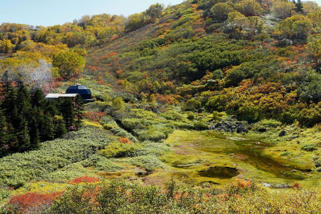 秋の黒沢池ヒュッテ