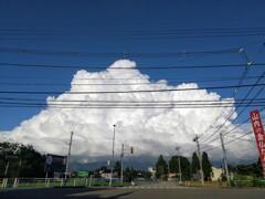 どデカい入道雲