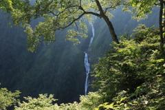 八郎坂からの称名滝