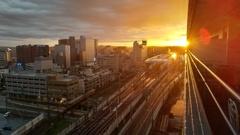 激しい夕陽