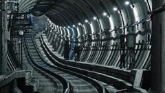 トンネルの向こうには?!