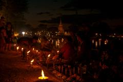 祈りの灯り