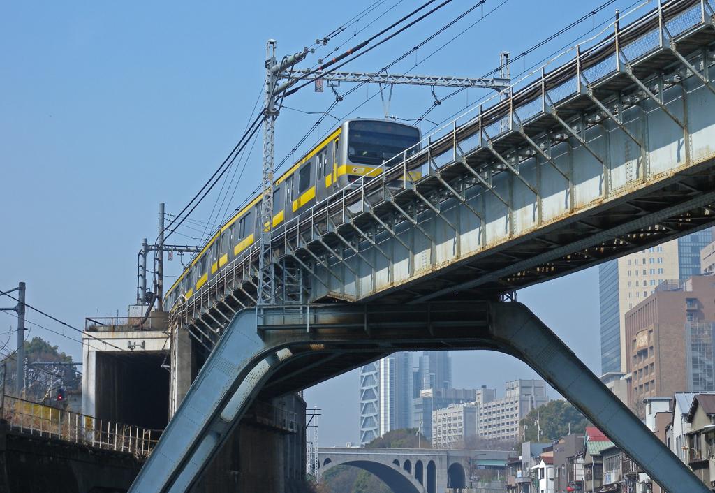 東京散歩 ④ JR総武線 鉄橋