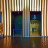 国立新美術館 光る壁面