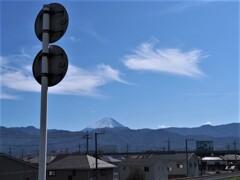 富士山も白くなってきた