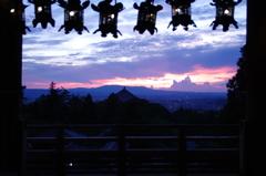 東大寺二月堂夕景