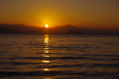 湖北の夜明け