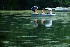 夏のボート遊び