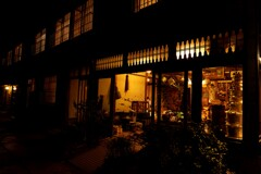 夜の荒物屋