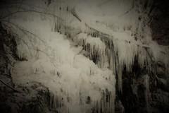 久月(ひさつき)氷柱