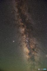 ピンボケだけどほぼ直立夏銀河