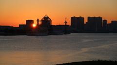 晴海埠頭からの日の出