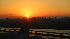 船堀タワーからの 夕日と富士山