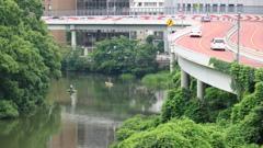 赤坂 弁慶橋ボート場の釣り人