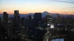 国会議事堂と富士山