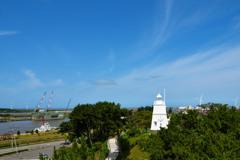 酒田港の白灯台
