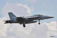 アメリカ海軍 スーパーホーネット NF-112 日付ネタ @厚木基地