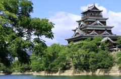 夏の広島城