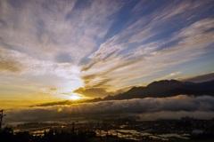 八海山の夜明け