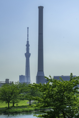 えっ? スカイツリーよりも巨大な塔!^^¥