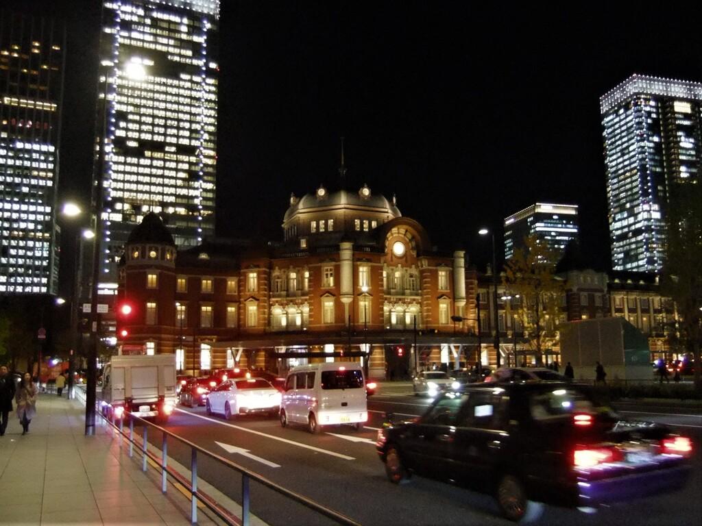 東京駅と大手町1