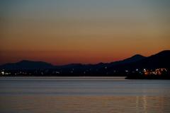 夜明け前の海