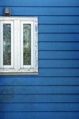 ちょっと気になった「窓と壁」