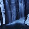 融ける氷瀑