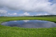 空を映す沼