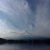 河口湖の秋空