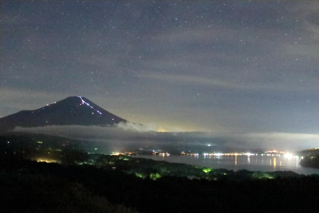 人富士と山中湖