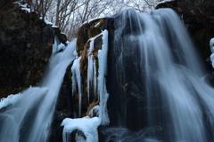 冬の明神滝④