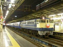 横浜駅に停車する寝台特急出雲号②