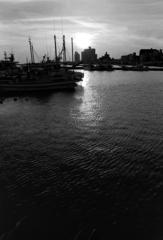 腰越漁港の夕日1