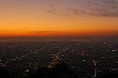 大阪を望む