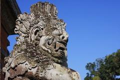 タマンアユン寺院 3番目の門の石像
