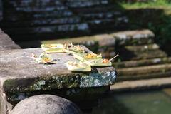 タマンアユン寺院 入り口のお供え物