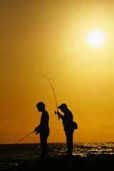 男鹿の釣り人