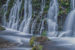 冬の元滝伏流水 ②