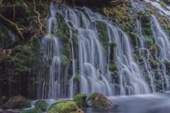 冬の元滝伏流水 ①