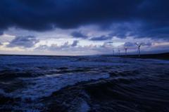 荒ぶる海原