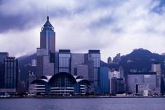 香港 34 湾仔 雨の予感