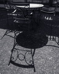 Shadow テラス席