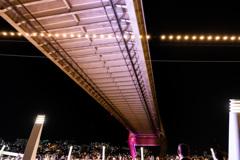 釜山大橋 #2 見上げる人-人-人