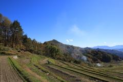 村に訪れる秋