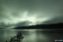 フィヨルドと霧1