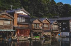 伊根の舟屋 (夕方)