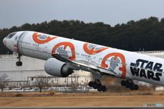 777-300ER(スターウォーズ仕様)