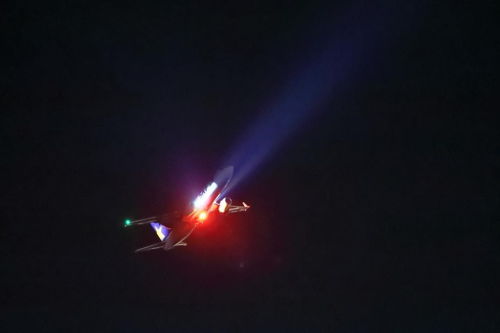 At night take off 2
