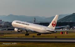 Boeing 767-346-ER Take-off